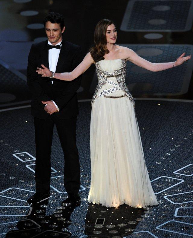 Anne Hathaway James Franco: Palmarès Et Résumé Des Oscars 2011