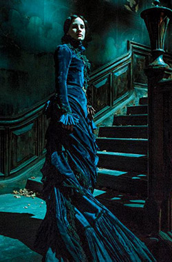 crimson-peak-chastain