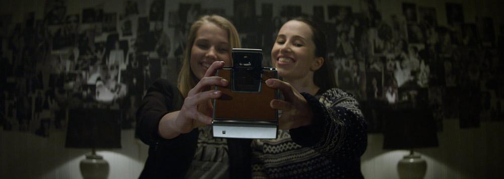 """Polaroid"" de Lars Klevberg"